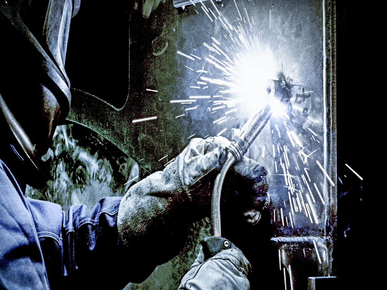 edit 18.00_00_20_09.Still010 welding PNG